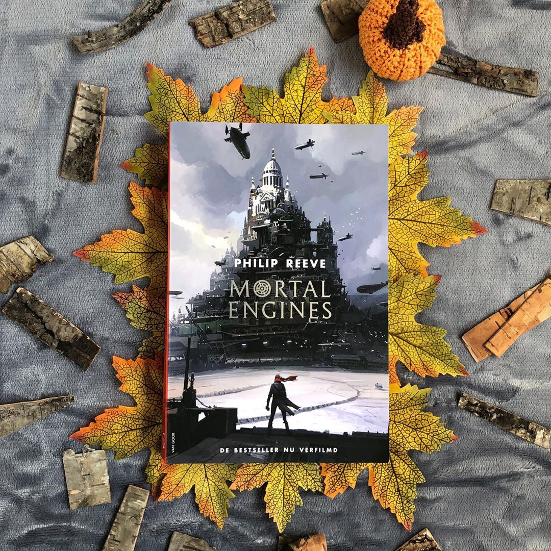 Book: Mortal Engines, Author: Philip Reeve