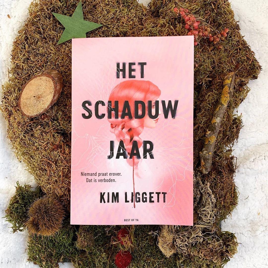 Boek Het schaduwjaar van Kim Liggett